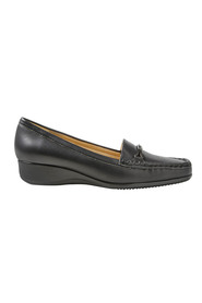 HUSH PUPPIES Metal trim classic loafer