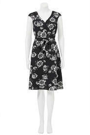 Khoko flora wrap dress hkd1857