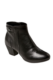Hush puppies genie perforated ankl boot