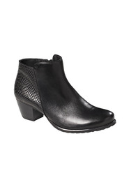 Easy steps lantern leather boot