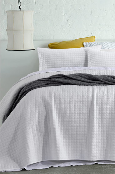 ACCESSORIZE Darcy Washed Microfibre Coverlet Set QB/KB | Tuggl
