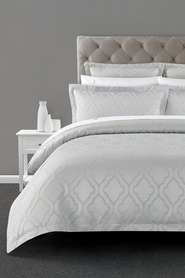 ELYSIAN Berkeley Jacquard Quilt Cover Set QueenBed
