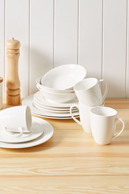CASA DOMANI Casual White Evolve Coupe Dinner Set 16pc Gift Boxed