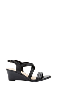 EASYSTEP MADGE STRAP DETAIL HEEL